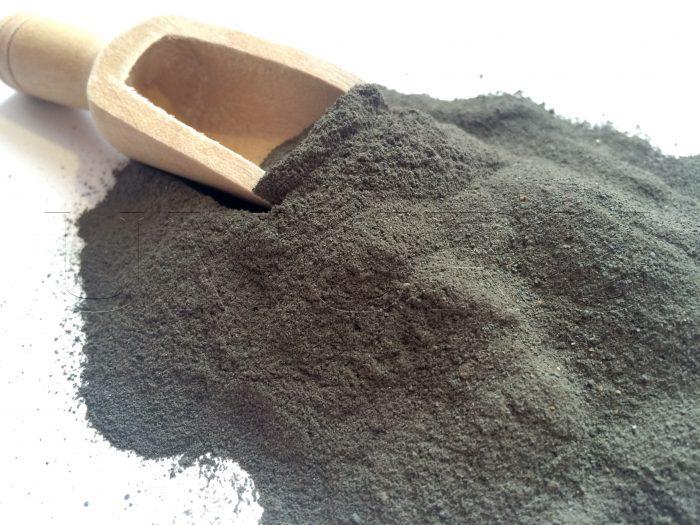 Lehm Ton schwarz gemahlen
