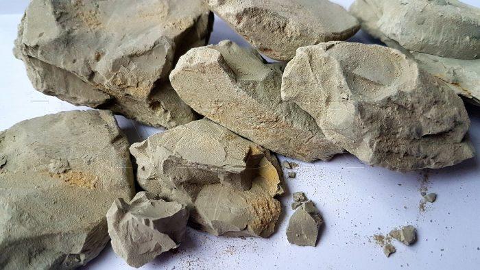 Lehm Ton Kirgisistan gruen
